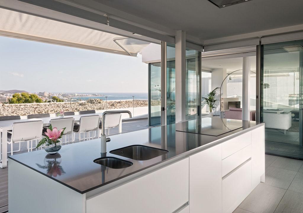 Luxury Indulgence Suite - Cocina