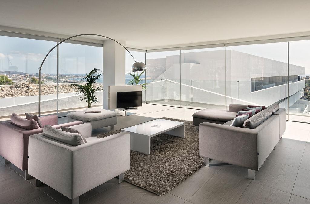 Luxury Indulgence Suite - Living area