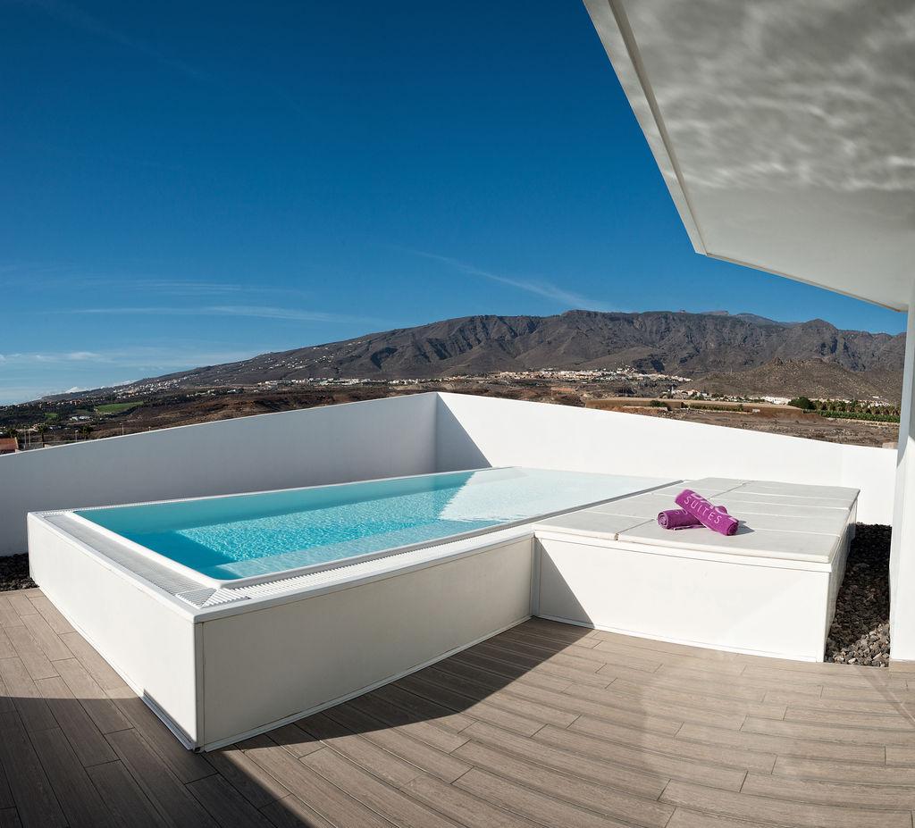Luxury Indulgence Suite - Piscina y vistas