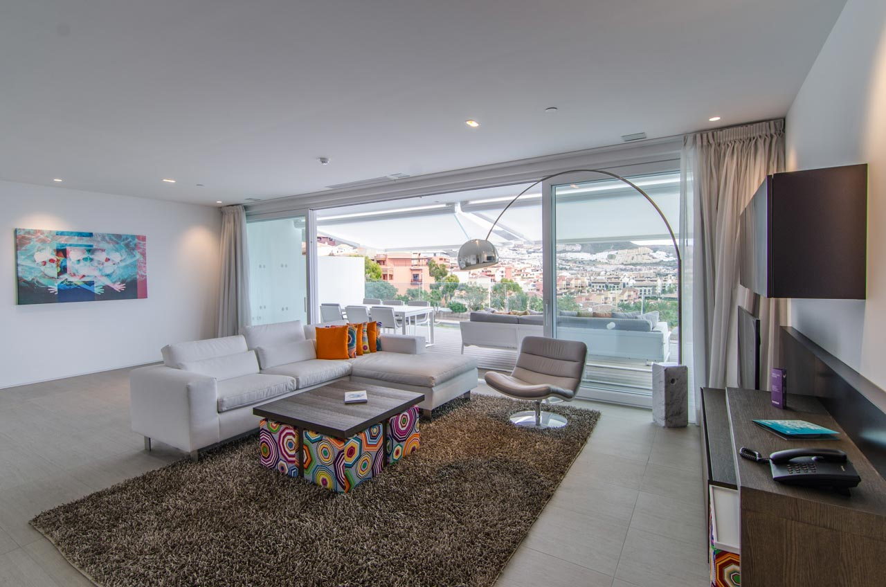 Luxury Essence Suite - Salón