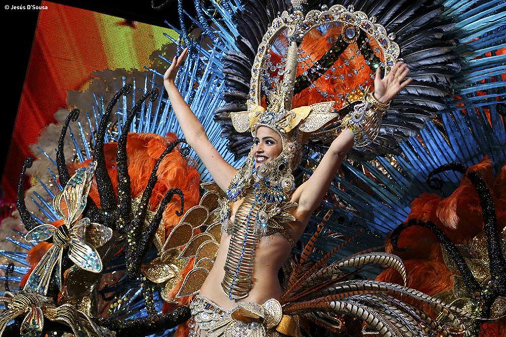 reina carnaval portada - CARNAVAL PARA PRINCIPIANTES -TODO LO QUE DEBES SABER SOBRE EL CARNAVAL DE TENERIFE