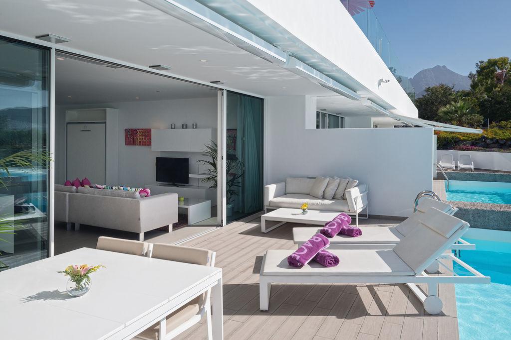 Boutique Río - terrace + pool