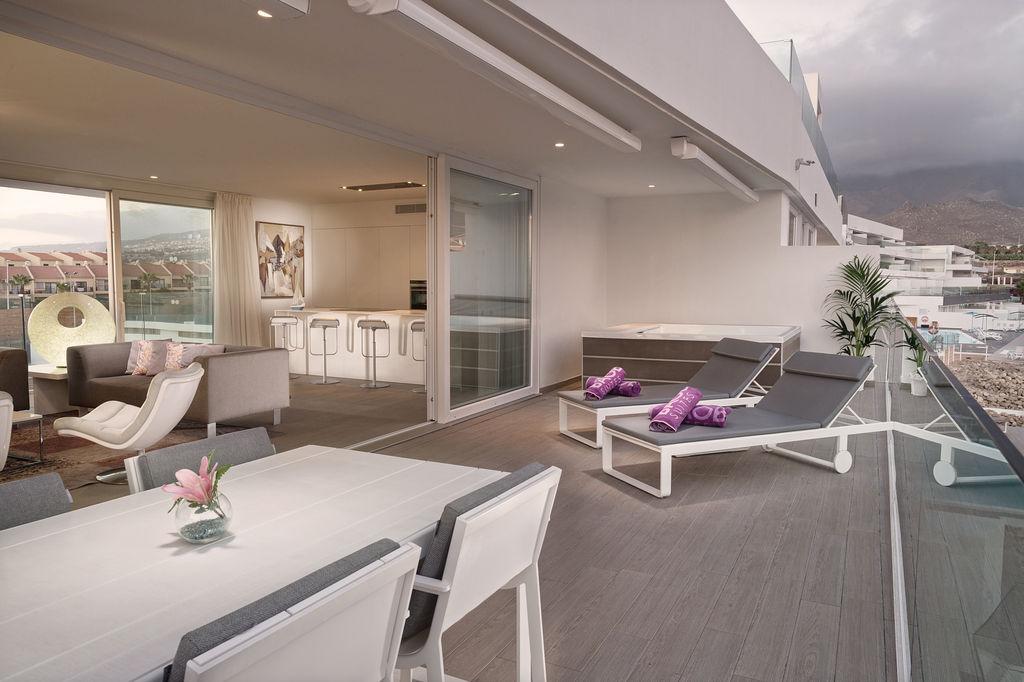 Luxury-Allegra-terrace-2
