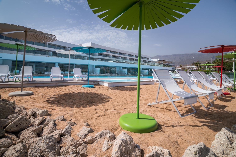 Main-Pool-Beach