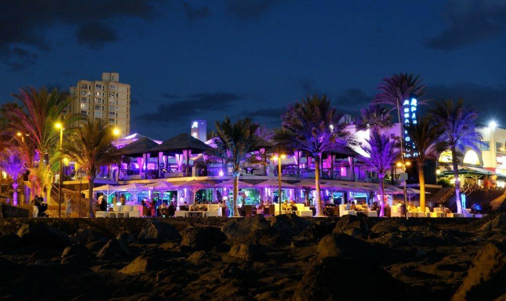 tenerife-nightlife-hotel-baobab-suites