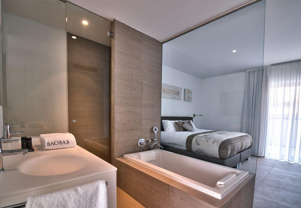 Serenity Rio Bedroom with en Suite Bathroom (1)